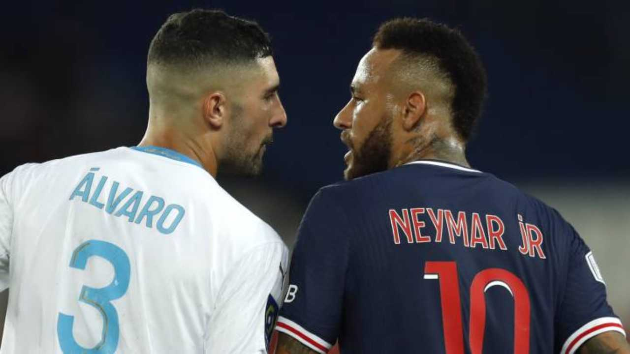 Neymar e Alvaro Gonzalez