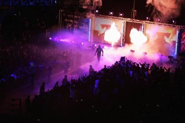 Wrestling. Torna Aj Lee, Bray Wyatt chiama Undertaker