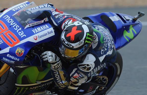Moto Gp. Le Mans; Lorenzo in testa nelle terze libere. Rossi decimo