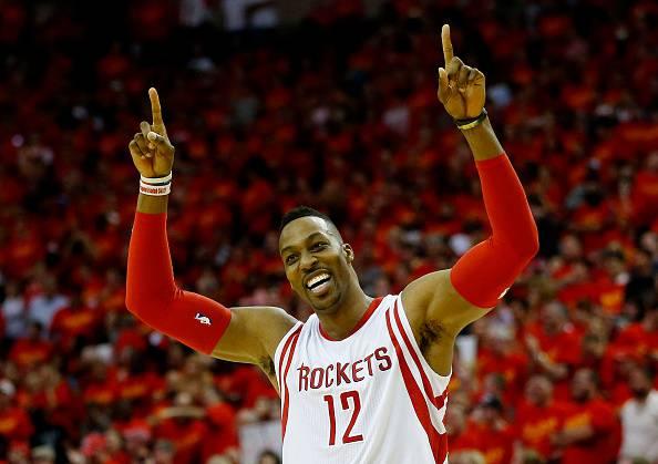 Dwight Howard, stella NBA e giocatore degli Atlanta Hawks. Qui con la maglia dei Rockets