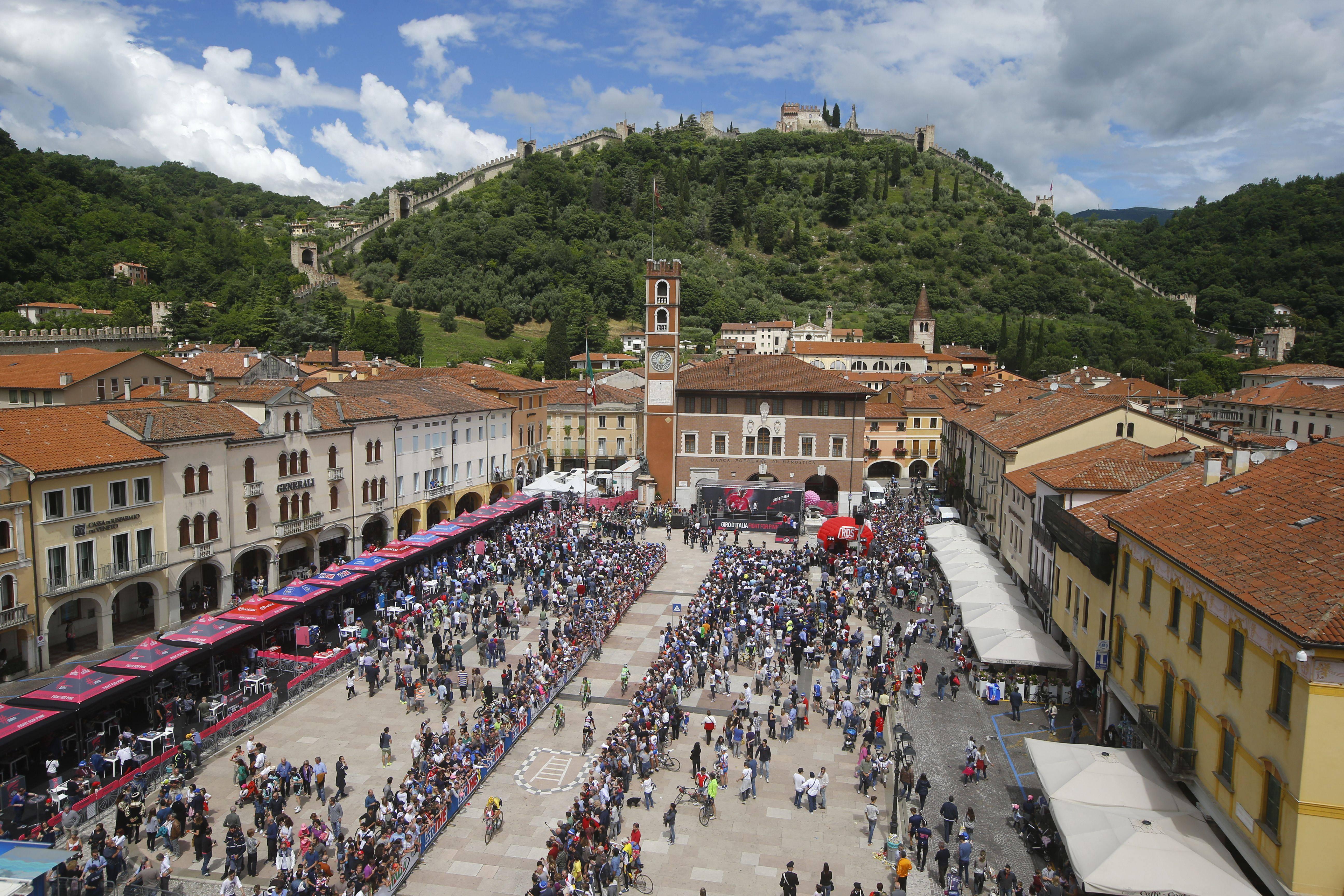 Giro d'Italia 2015. Presentazione 16^ tappa: Pinzolo – Aprica, 177 km