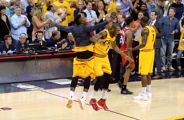 NBA. LeBron James manda ko Atlanta e porta Cleveland in finale (video e foto)