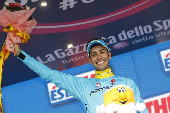 """Giro d'Italia 2015. Aru: """"Dopo le sofferenze del Mortirolo finalmente una gioia""""…"""