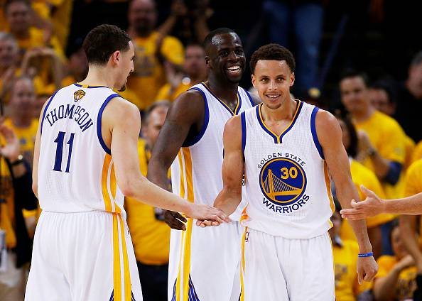 NBA. Lebron super, ma Curry non trema. Vantaggio Warriors