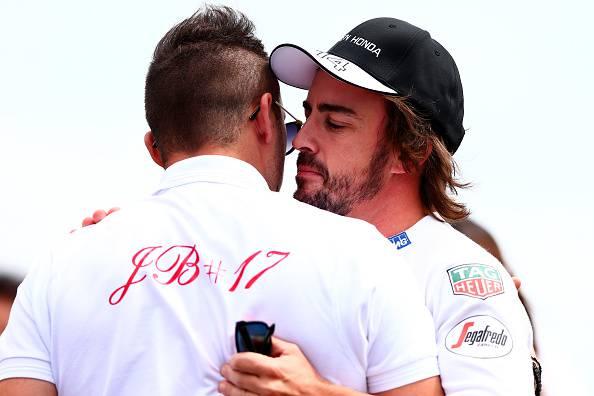 Formula 1. Alonso compie gli anni, gli auguri di Ferrari, McLaren e Lotus