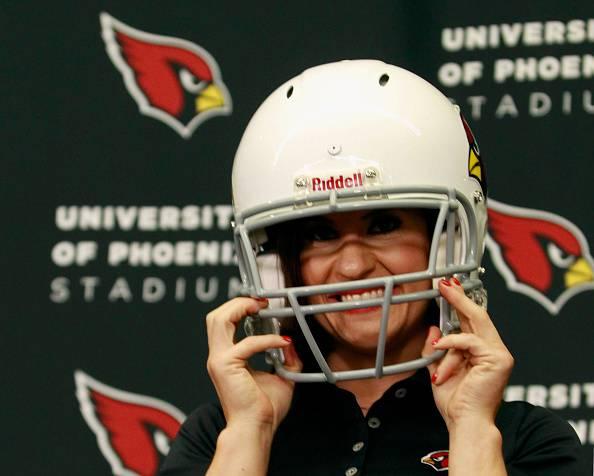 NFL. Jen Welter, la prima donna 'allenatore'. Guiderà gli Arizona Cardinals