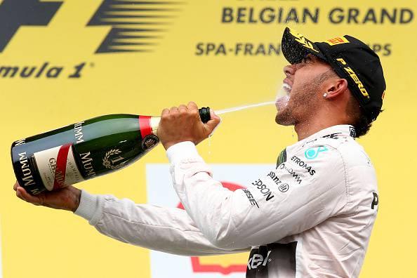 F1. Gp Belgio; Doppietta Mercedes. Raikkonen 7°. Vettel tradito dalla gomma.