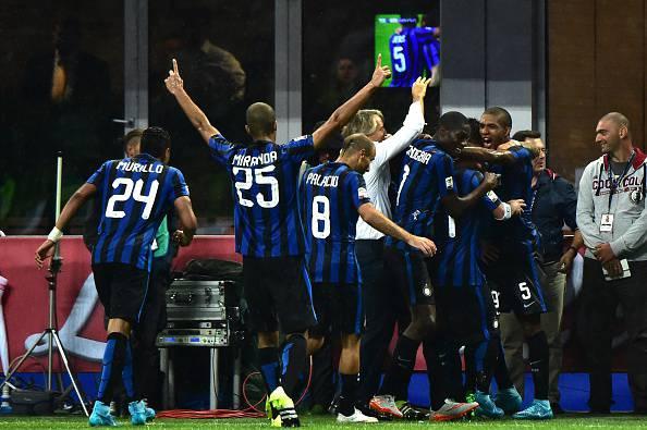 Serie A. Cadono Napoli e Milan. L'Inter vince allo scadere. Buona la prima di Sousa