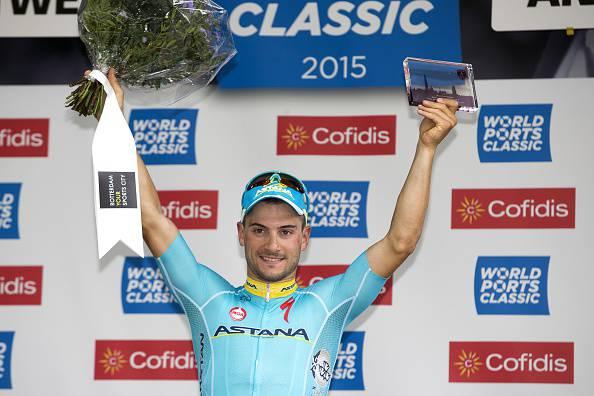 Abu Dhabi Tour 2015. 1^ tappa, sprint vincente di Andrea Guardini