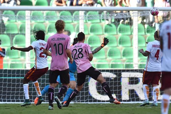 Serie A. La Roma travolge il Palermo, pareggiano Inter e Genoa (FOTO)