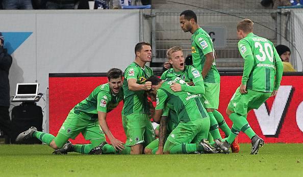 Bundesliga: Cuore e carattere per il Gladbach, bene il Bayern
