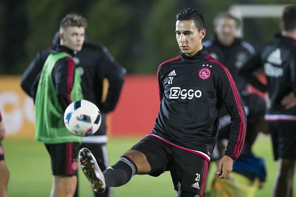 Anwar El Ghazi dell'Ajax. Giocatore nel mirino del Milan