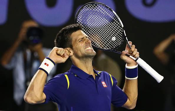 Novak Djokovic festeggia l'accesso alla finale dell'Australian Open 2016