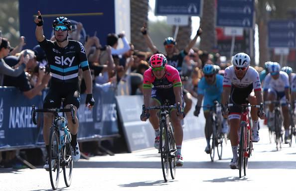 Dubai Tour 2016: Viviani vince la seconda tappa. Podio solo italiano