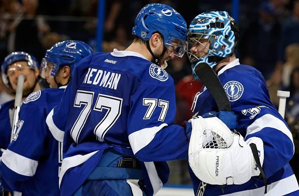 NHL, Risultati: Tampa Bay batte Pittsburgh, Anaheim alla sesta vittoria consecutiva