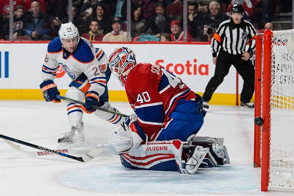NHL: Dominio Blackhawks, respirano i Montreal Canadiens