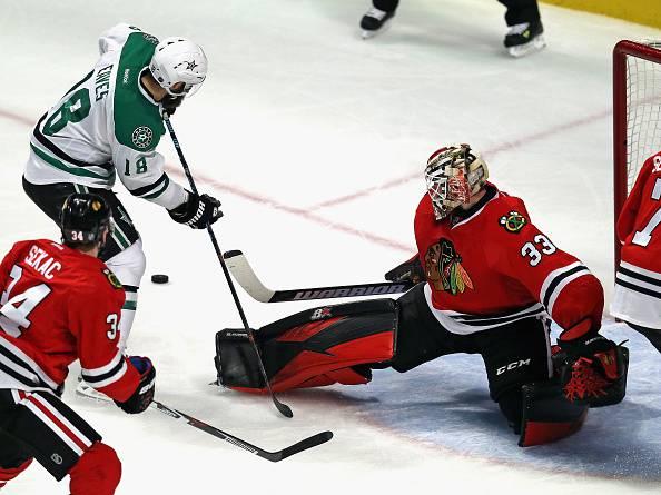 NHL: Dallas si prende la rivincita su Chicago, ok Washington