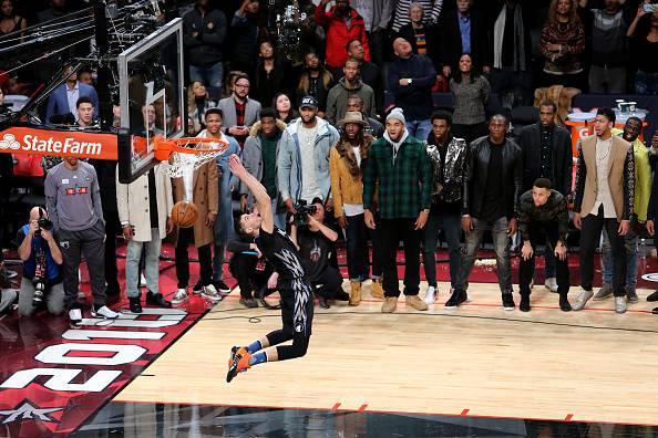 NBA, ALL STAR WEEKEND: Zack LaVine vince la gara delle schiacciate, a Klay Thompson la sfida da 3 punti
