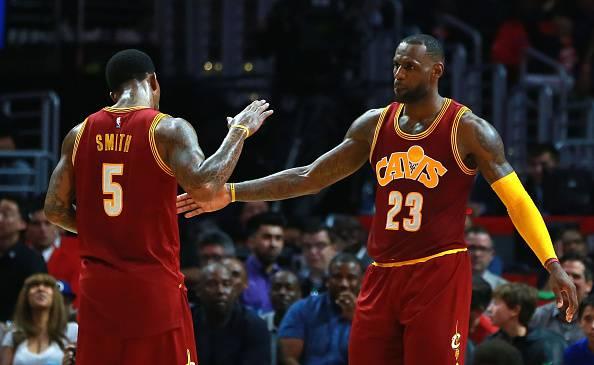 Lebron James e JR Smith, giocatori dei Cleveland Cavs