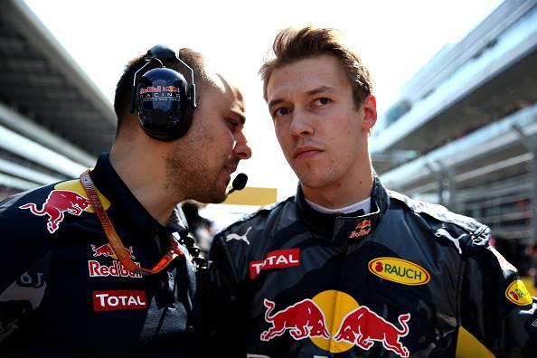 F1, Red Bull: punito Kvyat, al suo posto c'è Verstappen