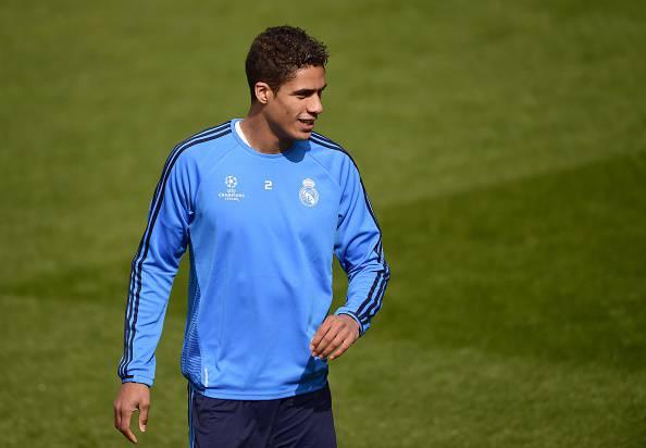 Bayern Monaco, Ancelotti vuole Varane in difesa
