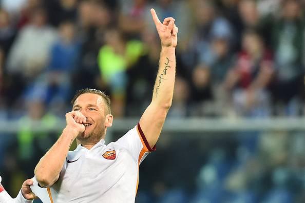 La Roma espugna Marassi e batte il Genoa 3-2. A segno Totti