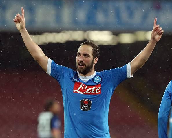 Serie A: il Napoli risponde alla Roma e batte l'Atalanta