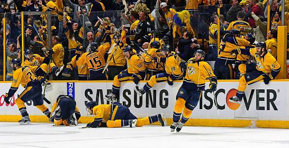 NHL: Predators vincenti al terzo overtime, bene i Dallas Stars