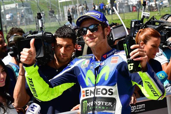 MotoGP, casco speciale Mugiallo per Valentino Rossi al Mugello