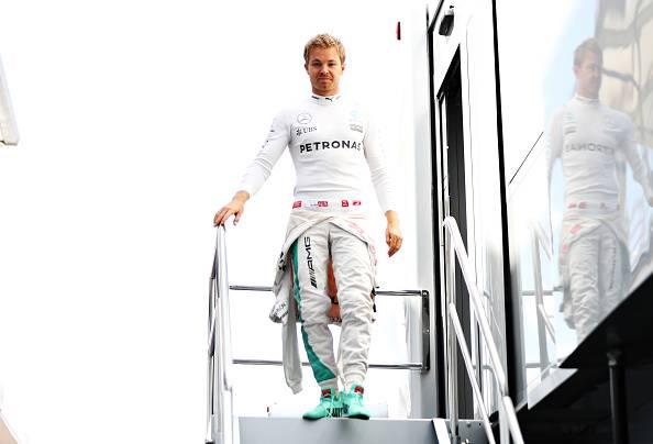 """Formula 1, Rosberg: """"Un onore firmare"""", Wolff: """"Un vero affare"""""""