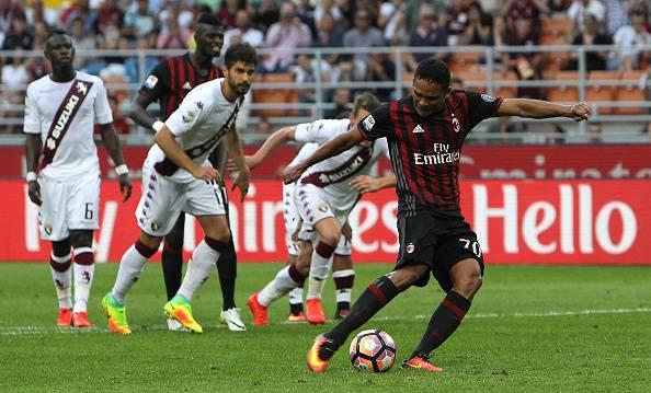 Serie A, Bacca show. Il Milan inizia molto bene