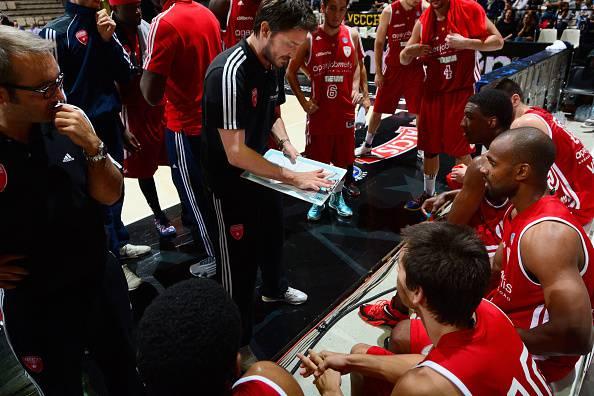 Gianmarco Pozzecco, ex stella del basket italiano, oggi allenatore