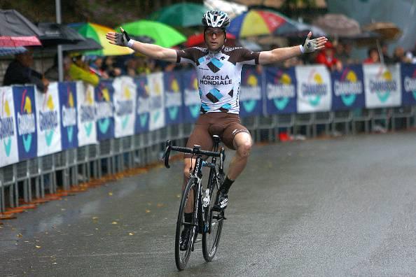 Esteban Chaves vince la 99ma edizione del