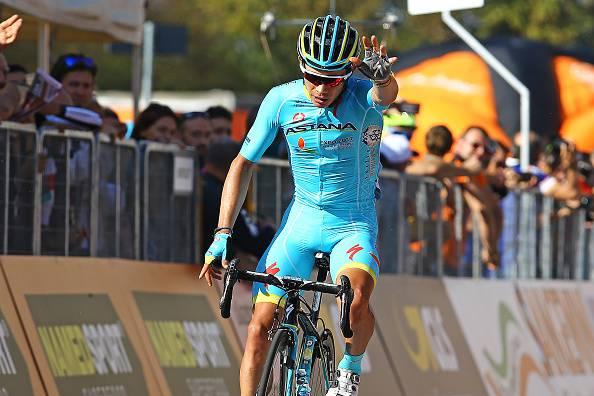 Milano-Torino 2016, è ancora Astana: a Superga vince Miguel Angel Lopez