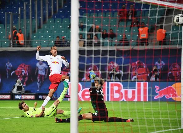 Bundesliga, Forsberg e Poulsen fanno volare il Lipsia al secondo posto