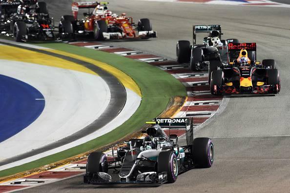 Nuova Mercedes, Hamilton: