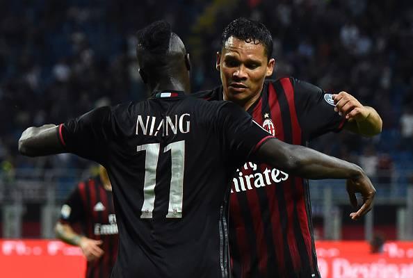 Serie A: Bacca e Niang, il Milan torna a vincere in casa e stende la Lazio