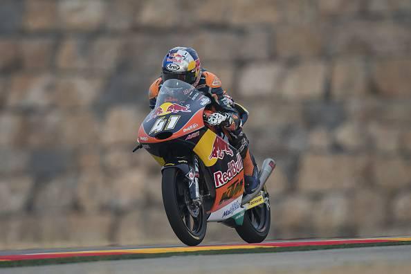 Moto 3, Aragon: Binder è il nuovo campione del mondo. Vince Navarro