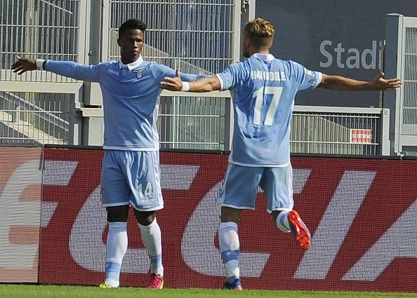 Serie A: vincono Lazio e Sassuolo, stecca l'Inter, pari Genoa
