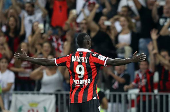 Mario Balotelli, doppietta all'esordio in Ligue 1 per l'attaccante del Nizza
