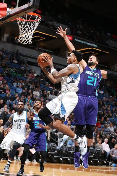 Preseason NBA, vincono i Nuggets. Ko Belinelli con gli Hornets