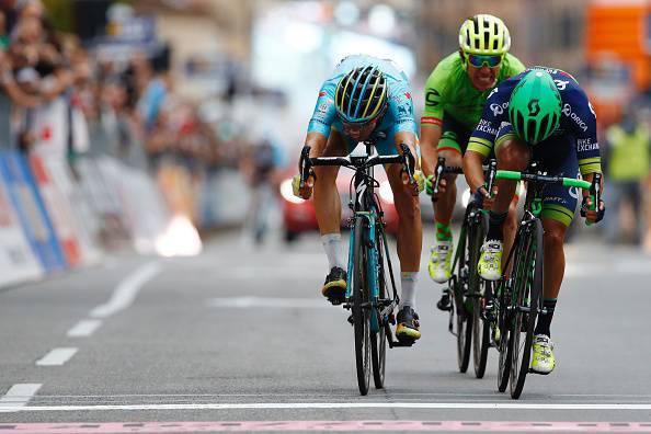 Il Lombardia 2016, Chaves scrive la storia della corsa. Secondo Diego Rosa