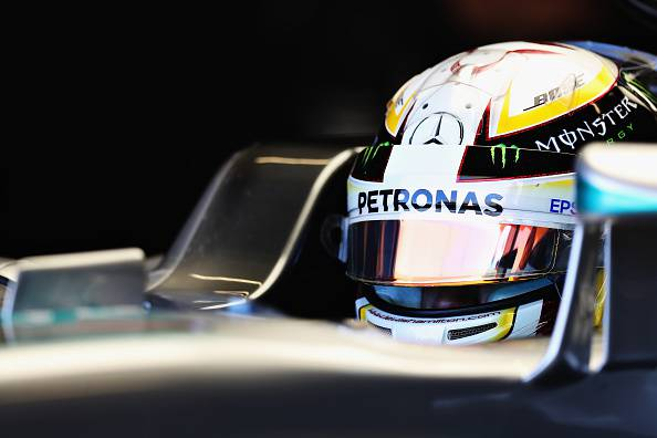F1, Austin: Hamilton davanti a Rosberg. Bene Raikkonen, in difficoltà Vettel