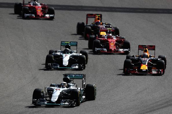 F1, Austin: Hamilton vince e rosicchia punti a Rosberg. Vettel quarto