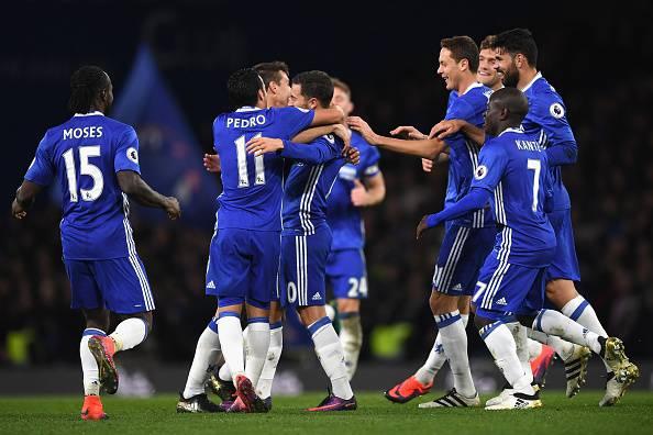 Il Chelsea festeggia dopo un gol in Premier League