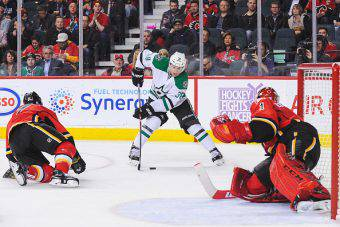Calgary Flames v Dallas Stars