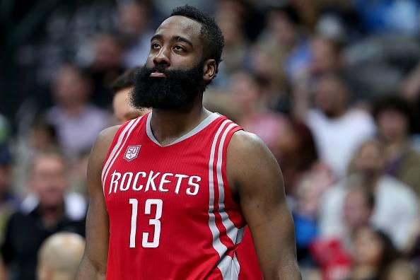 San Antonio schianta Cleveland, tripla doppia numero 37 per Westbrook