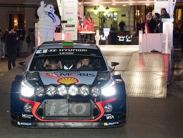 Rally Montecarlo, Paddon si schianta: morto uno spettatore