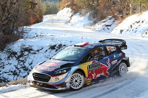 WRC 2017, Day 3: Neuville spreca tutto. Orgier conquista la vetta