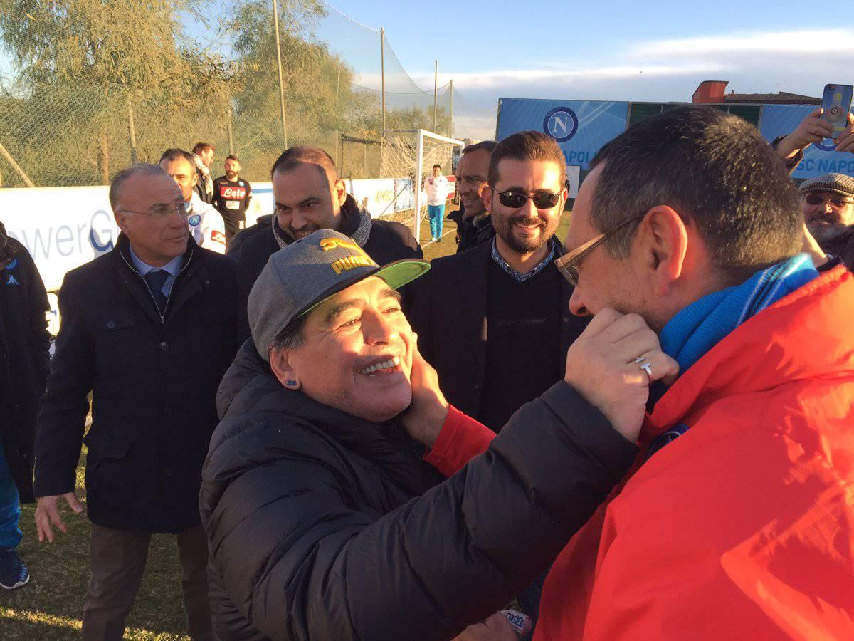 Maradona annuncia: